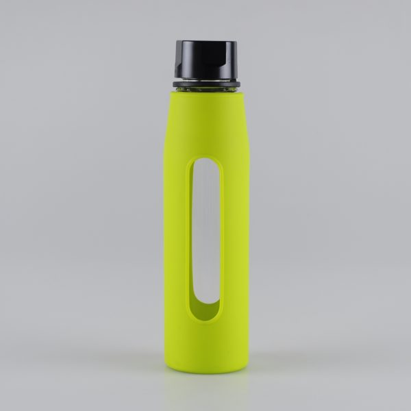 570ml-easy-taking-glass-water-bottle-with-silicone-sleeve (1)