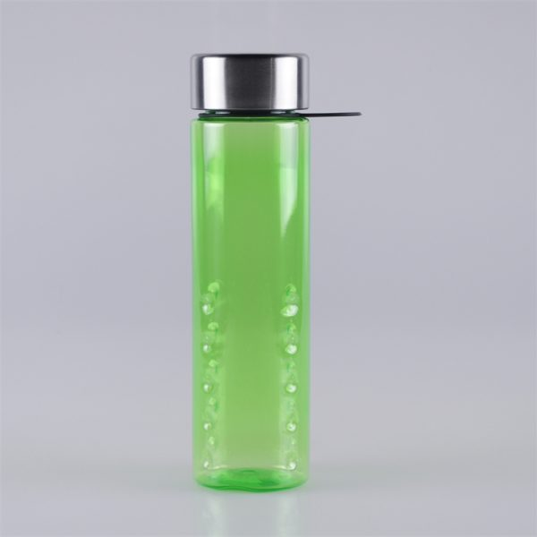 700ml-plastic-sports-bottles-with-ring-carrier (1)