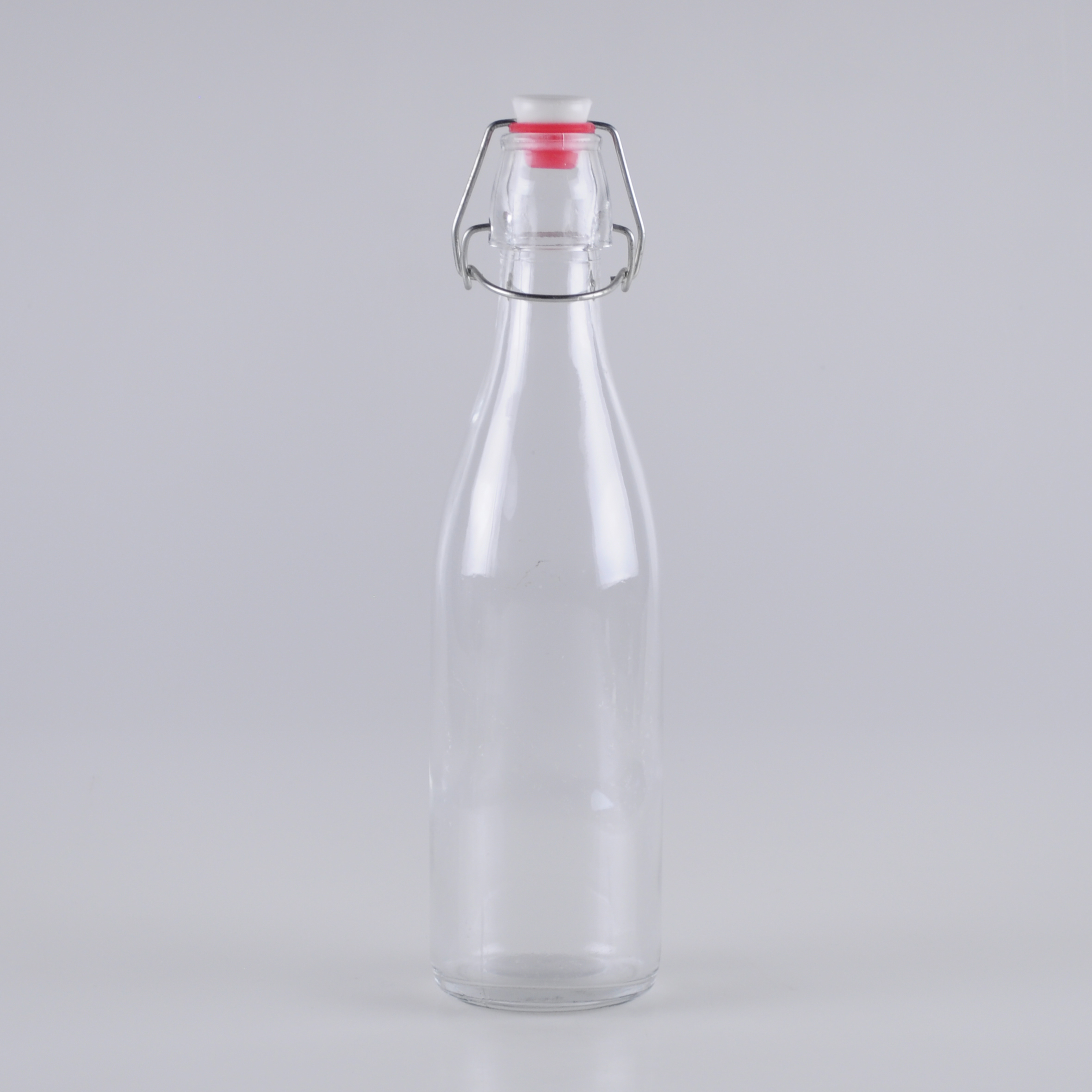 600ml-glass-bottle-for-water-with-steel-pop-closure (1)