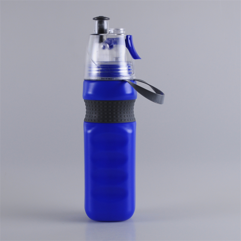 700ml-carrying-strap-trigger-spray-bottle (1)