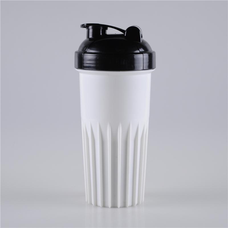 700ml-newest-design-flip-top-shaker-bottle-blender (1)