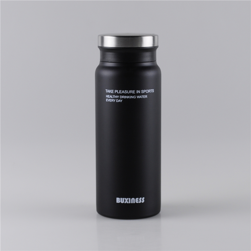 550ml-vacuum-flask-keeps-drinks-hot-and-cold-for-24-hours (1)
